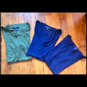 Lot of 3 GAP T-shirts for layering, EEUC, Size XS